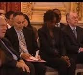 XII 1 - Rama Yade, à la cérémonie des Ddel'H, après avoir sermonné par l'équipe Sarkozy, 10 décembre 2007