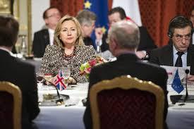 XXVIII 2 - Sommet de Paris, mars 2011 - Ils-elles bouffent pdt qu'ils-elles font bombarder le peuple libyen