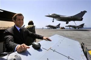 XXXVIII 2 - Sarkozy, le malade mental, et son Rafale, contre le peuple libyen 2011