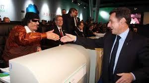 4 - Nicolas Sarkozy et Muammar Gaddhafi au Sommet de Lisbonne - 8-9 déc 2007