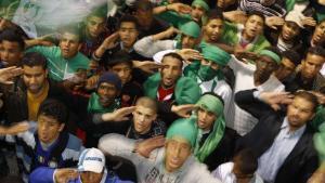 tripoli-6-mars-2011-de-jeunes-libyens-soutiennent-lindependance-de-leur-pays